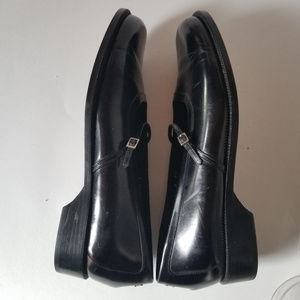 COLE HAAN LEATHER MARY JANE SHOES